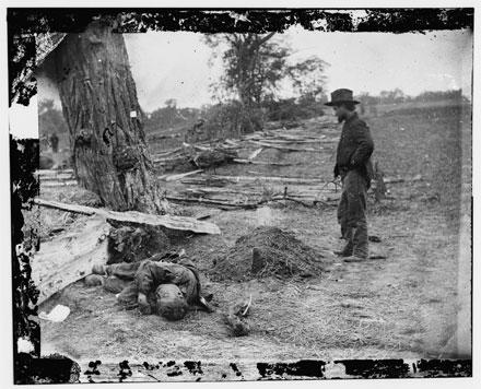 death and the civil war, civil war graveyard, antietam