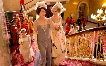 downton abbey season 4, downton abbey, downton abbey cora, downton abbey lady rose, elizabeth mcgovern, Lily James