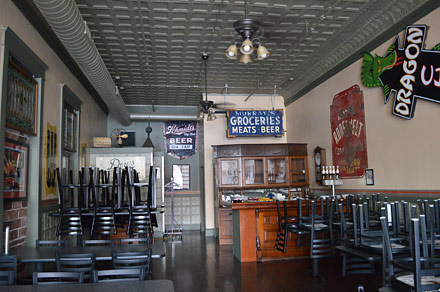 parlor city pub